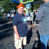 jay-in-balloon-hat