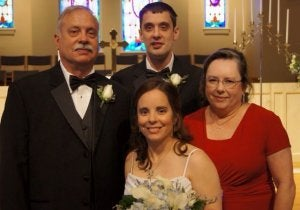 Niclaire Neely wedding photo with her family