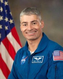 Army Astronaut Col. Mark T. Vande Hei, U.S. Army Space and Missile Defense Command/Army Forces Strategic Command NASA Detachment, officially retired from the Army Aug. 31 after serving more than 27 years as an Army engineer and astronaut. (Photo Credit: NASA photo)