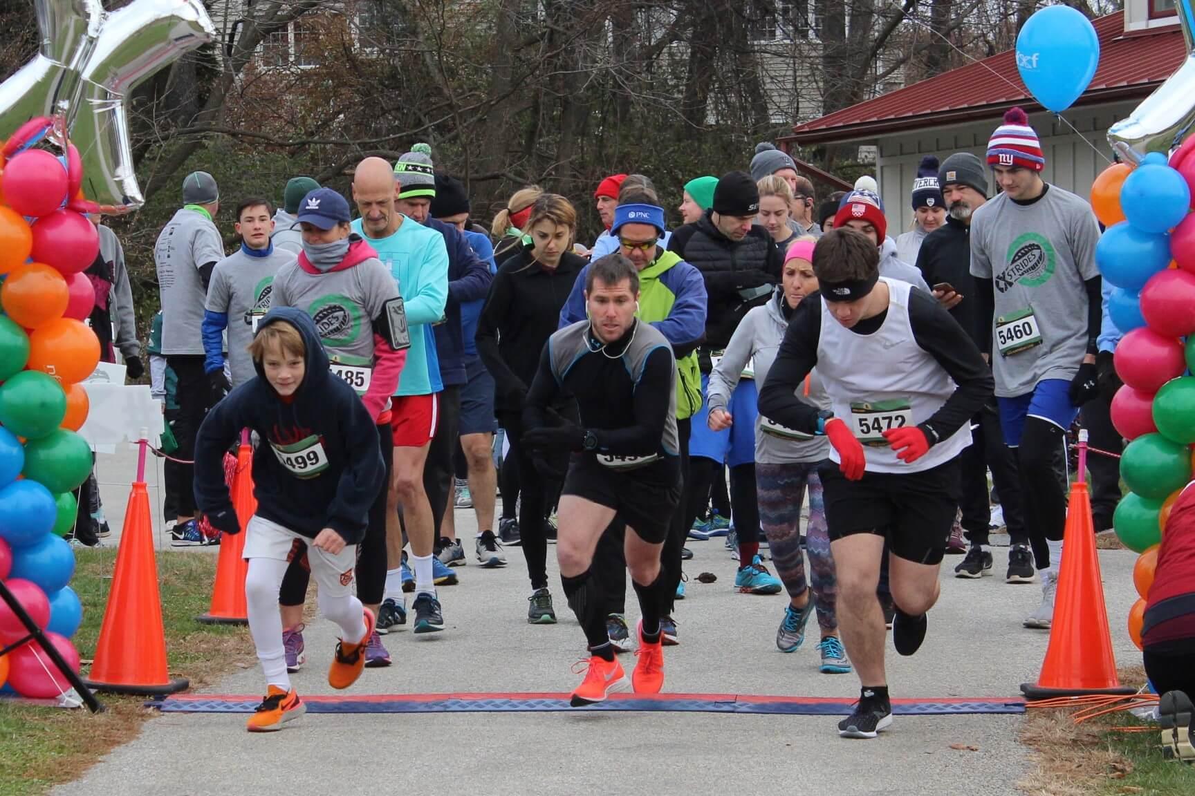 3 runners starting race